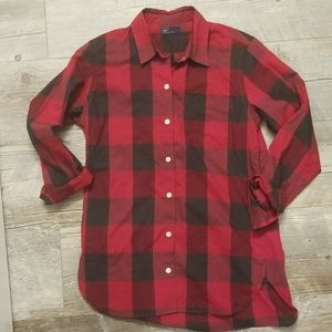 GAP womens light weight button up
